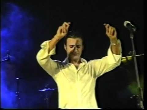 Manuel de angustias actuacion en directo.