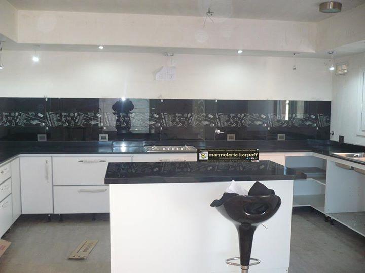 Granito negro absoluto | Cocina en U | Pinterest | Granito negro ...