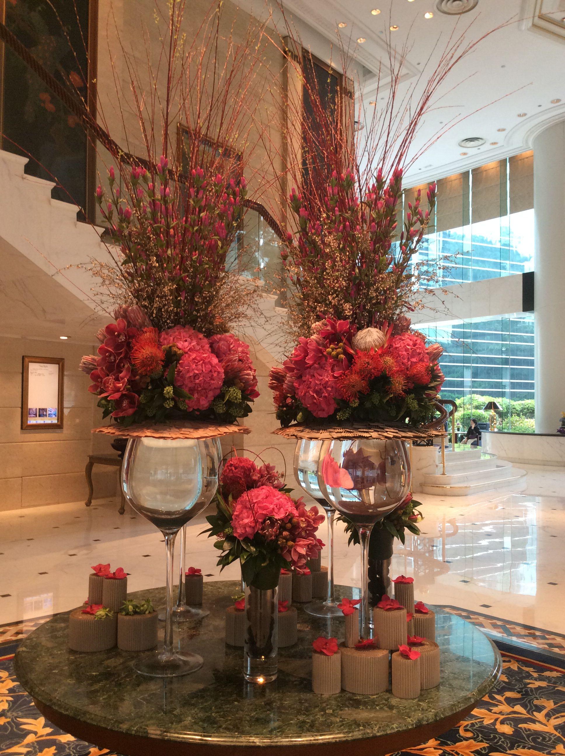 Lobby flowers at Island Shangri-la, Hong Kong | Large ...