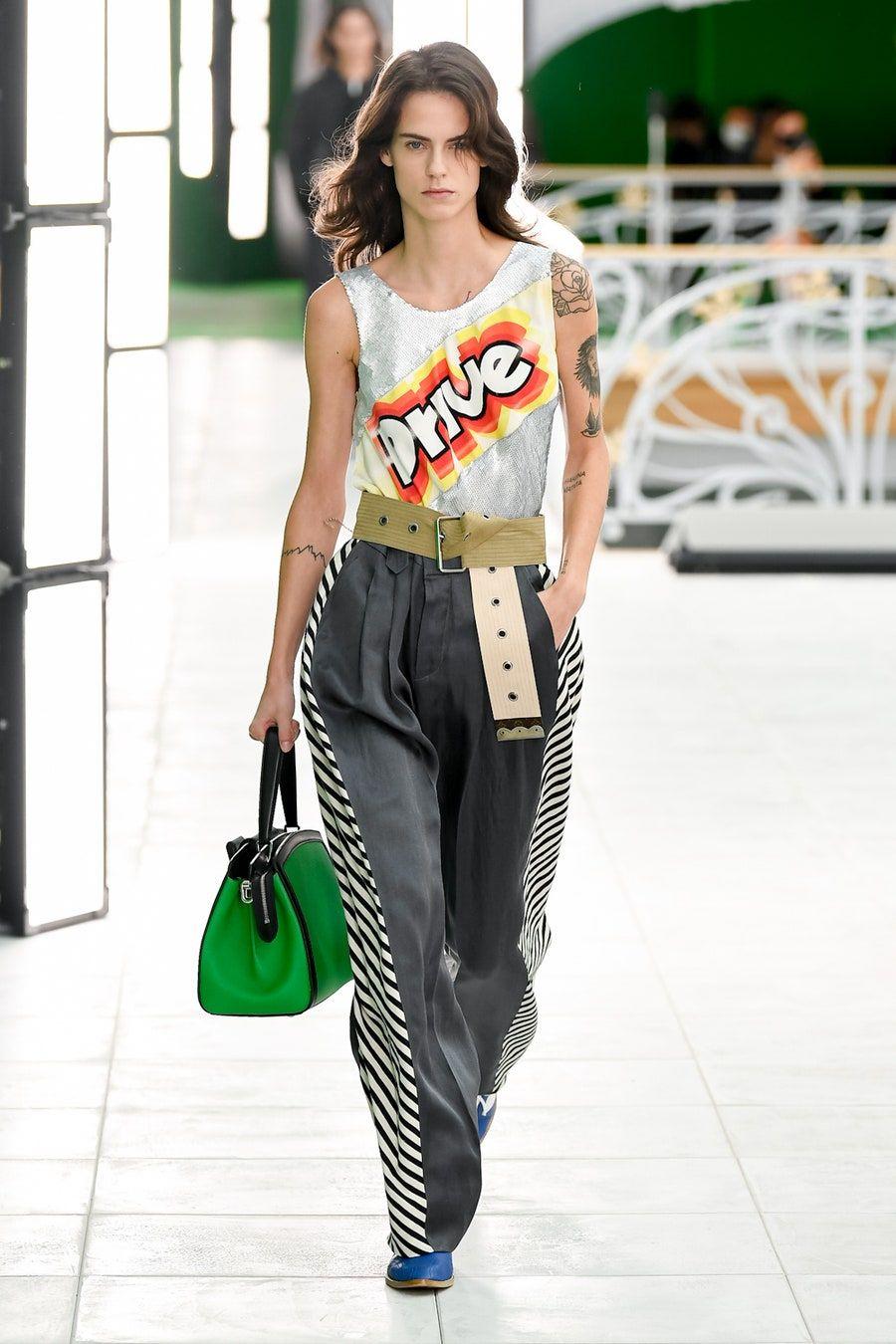 Louis Vuitton Spring 2021 Ready-to-Wear Fashion Sh