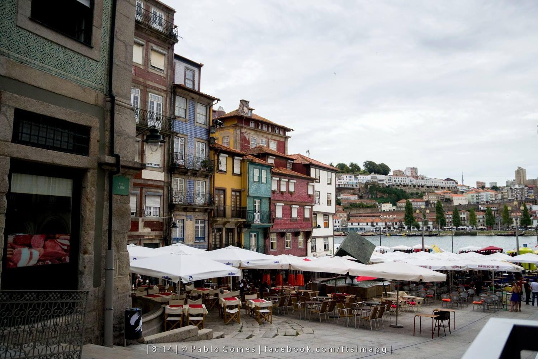"""Praça da Ribeira / Plaza de """"Ribeira"""" / """"Ribeira"""" square [2014 - Porto / Oporto - Portugal] #fotografia #fotografias #photography #foto #fotos #photo #photos #local #locais #locals #cidade #cidades #ciudad #ciudades #city #cities #europa #europe #baixa #cascoantiguo #downtown @Visit Portugal @ePortugal @WeBook Porto @OPORTO COOL @Oporto Lobers"""