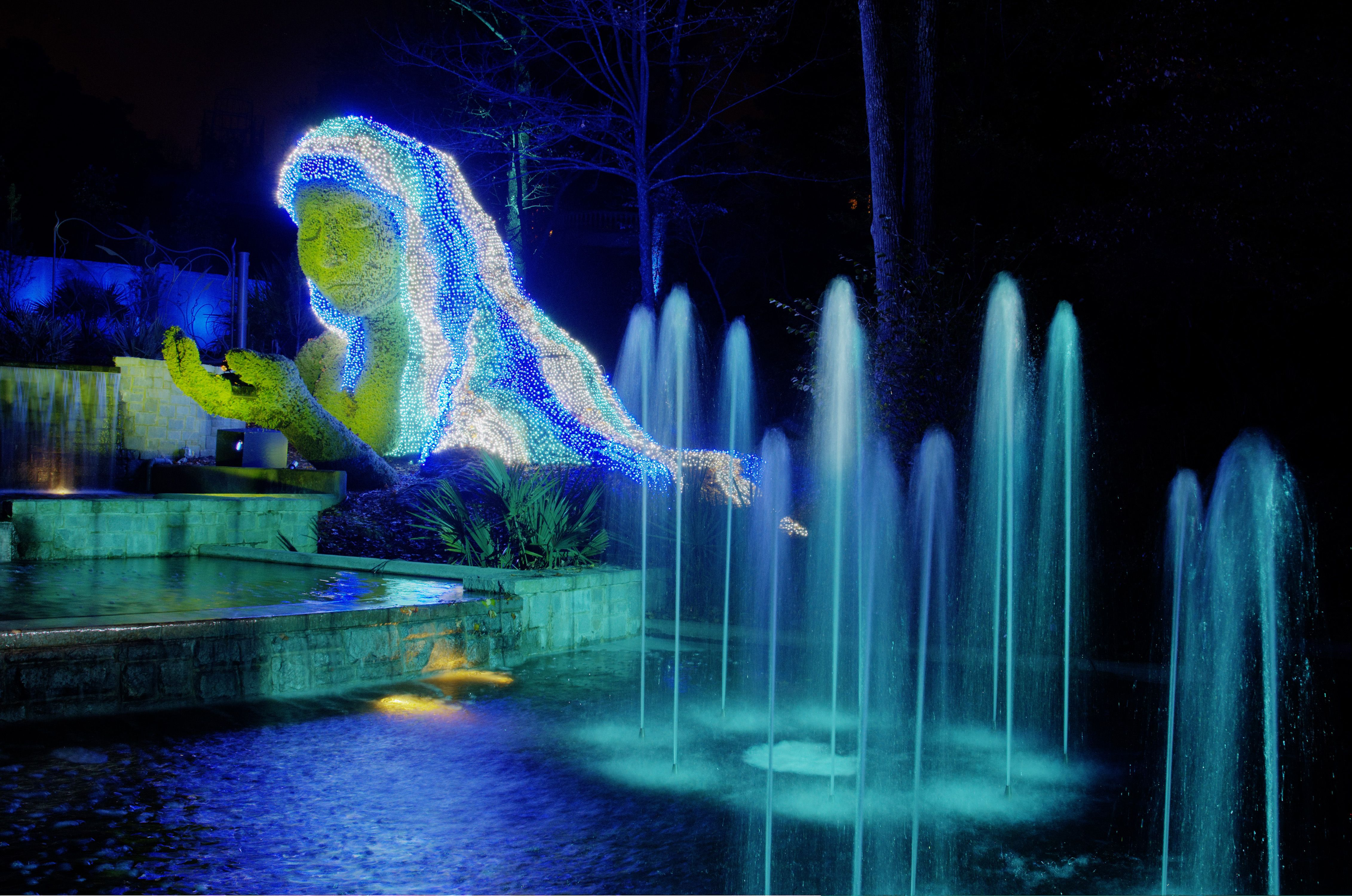 Ice Goddess At Garden Lights Holiday Nights Atlanta Botanical Garden Botanical Gardens Holiday Lights