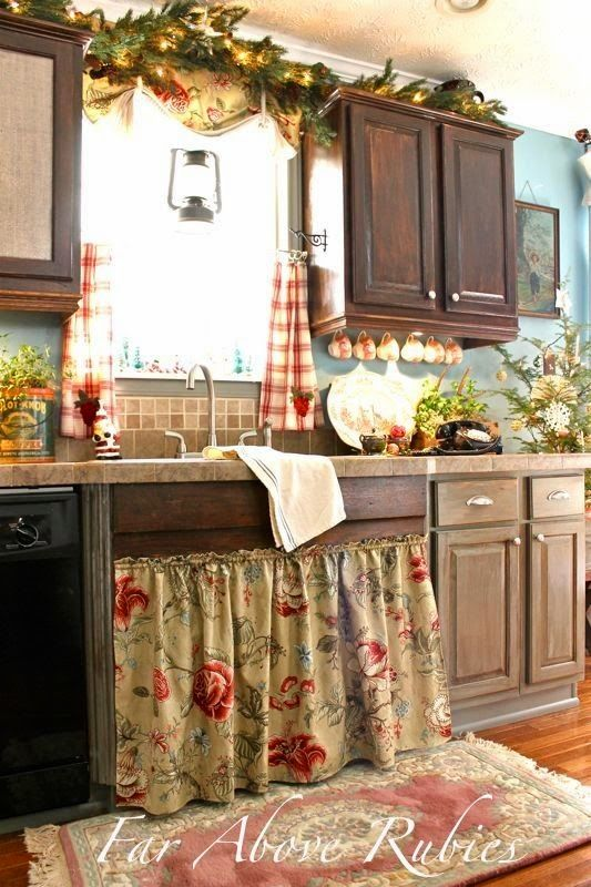 Www Toftiaxa Gr 2017 03 Paradosiakes Country Kuzines Html Small Rh Pinterest Nz French Toile Kitchen Curtains Style