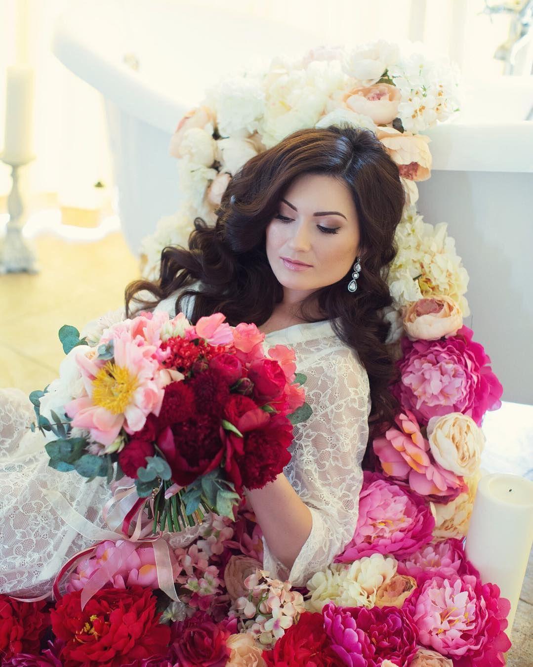 Еще одна свадьба и закрою июнь прекрасная невеста Таня организация @aledjia_wedding @kirillevent muah @sasha_murzich декор @polly_suhareva by lena_kozhina
