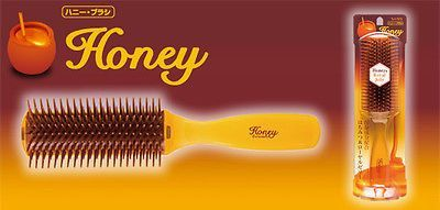 Vess Honey and Royal Jelly Hair care Cushion Brush Comb from JAPAN