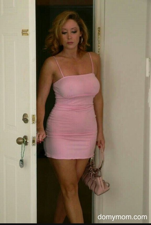 wife sexy Milf dress pics in
