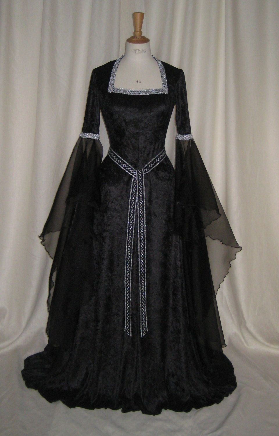 Halloween Gown,Renaissance Gown,Medieval Dress,Gothic Gown,Hand ...
