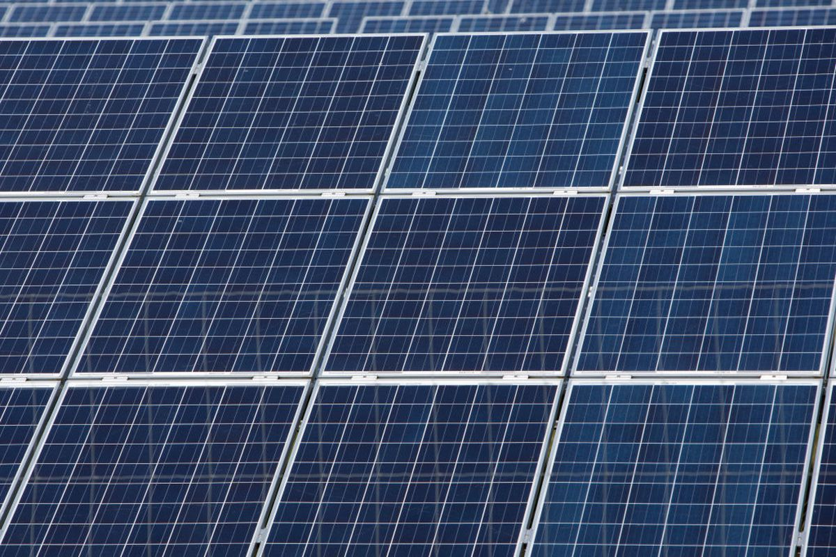 800 000 Low Income Homes In England Will Get Free Solar Panels Free Solar Panels Solar Energy Panels Solar Panels