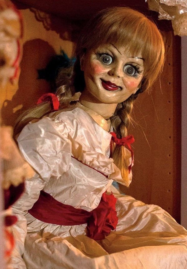 new horror movie annabelle new scary doll photo released