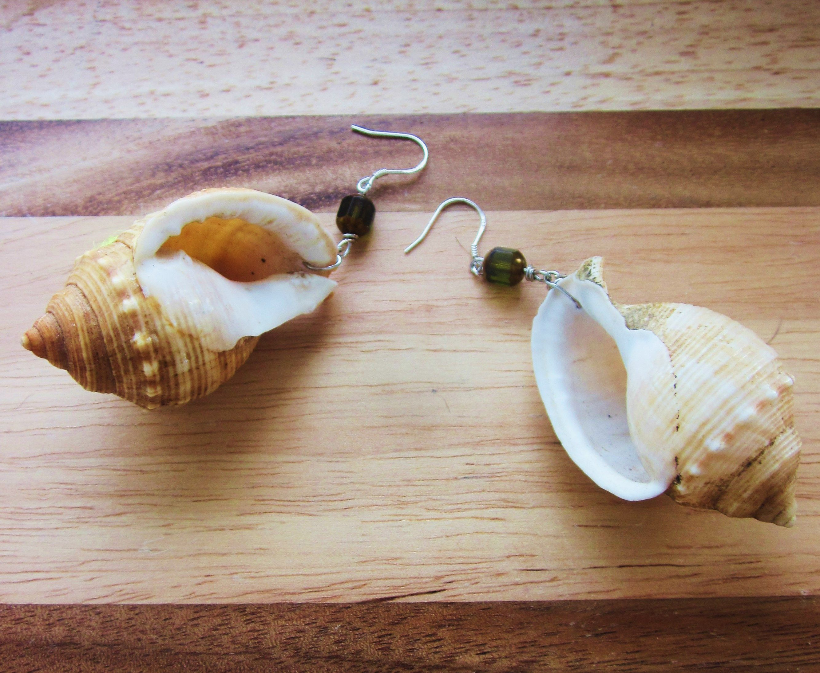 """"""" I HEAR THE SEA EARRINGS """" Spiral shells , crystals & silver ."""