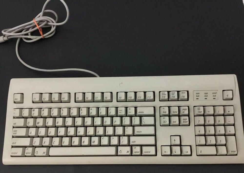 Vintage Apple M2980 Appledesign Keyboard M2706 Desktop Bus Mouse Ii Macintosh Afflink Contains Affiliate Links When Yo Keyboard Vintage Apple Apple Desktop