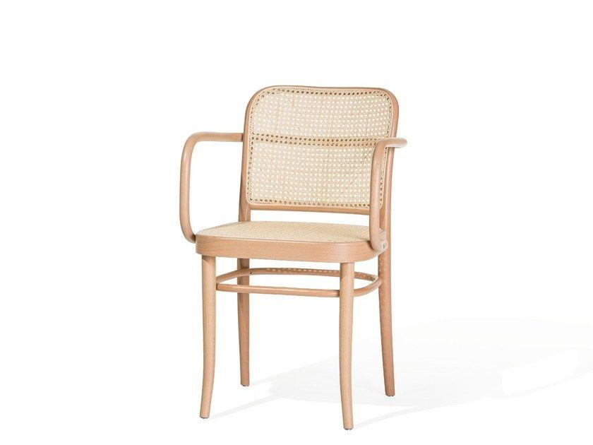 N 811 Chaise Avec Accoudoirs By Ton Design Josef Frank Chaises Bois Deco Interieure Et Mobilier En Bois