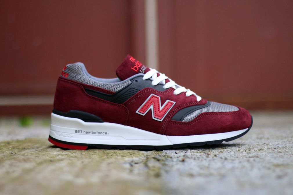 new balance grise suede 37