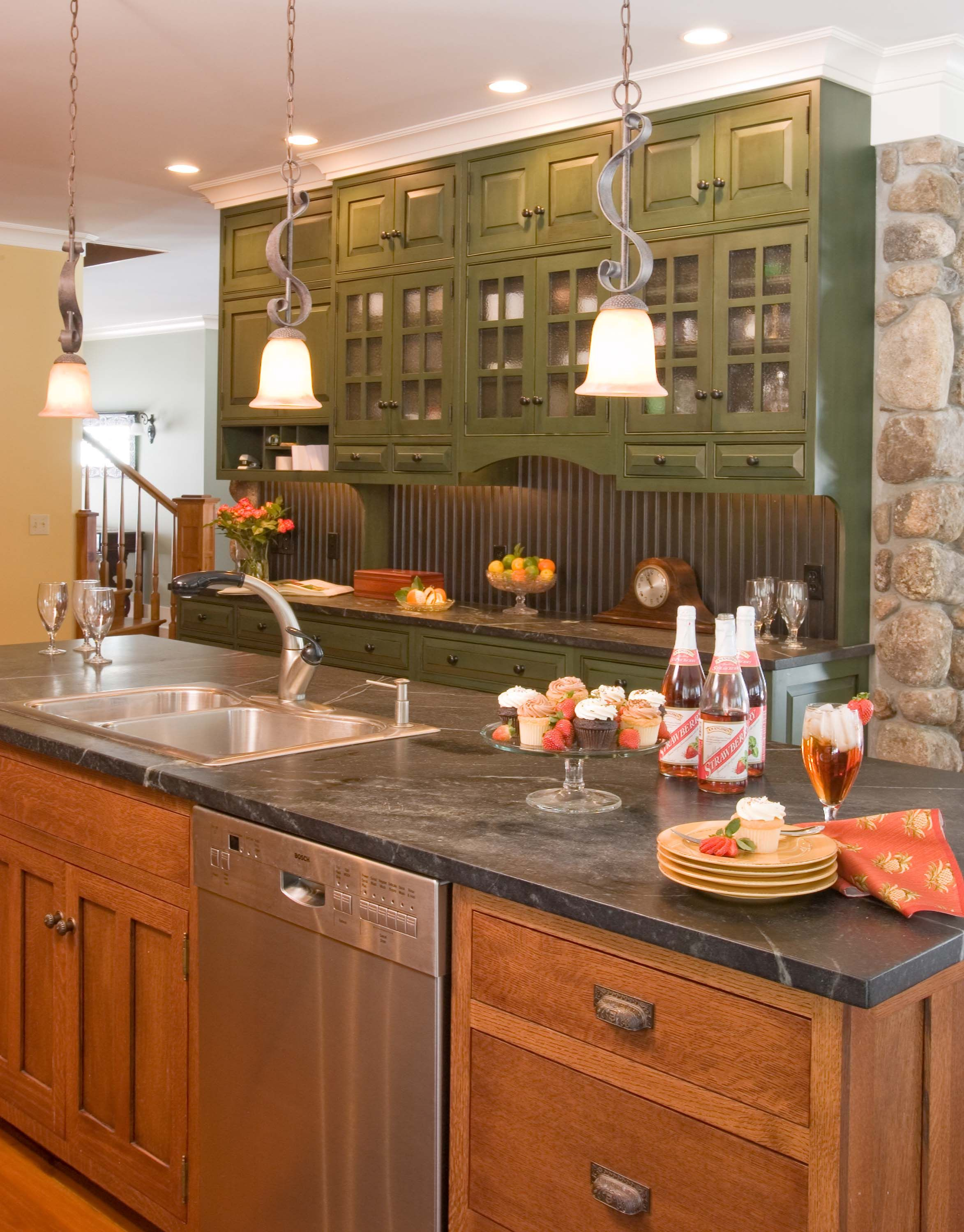 Arts And Crafts Quartersawn Oak Kitchen With Large Island Opposite Wall Green Kitchen Cabinets Kitchen Design Decor Kitchen Design