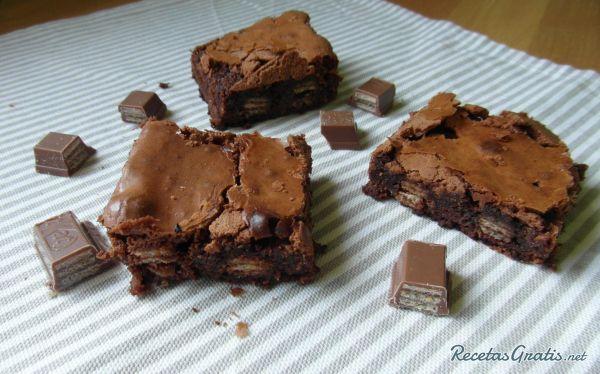 Brownie De Kit Kat Fácil Receta Receta De Brownies Recetas De Comida Brownies De Oreo