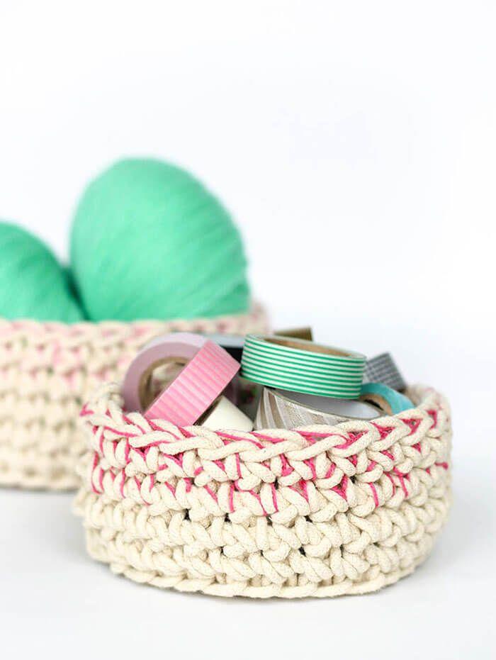 Color Block Crochet Baskets - Free Pattern   Yarn,Yarn, Yarn ...