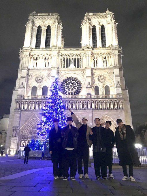 Vav In Paris Vav Landmarks Notre Dame