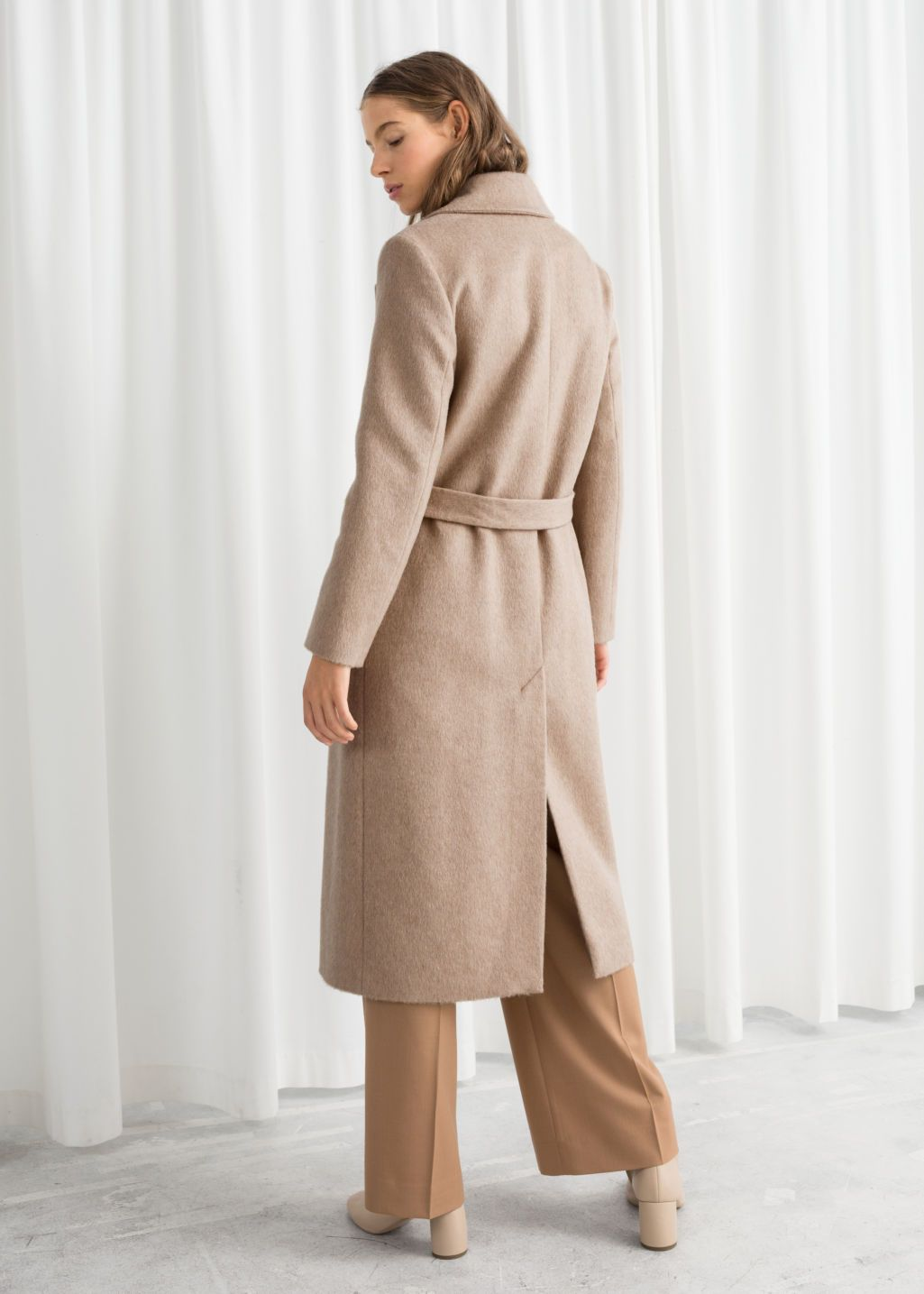 Pin By Lex Mcaffrey On Fashion Casual Fall Outfits Coat Jacket Outfits [ 1435 x 1025 Pixel ]