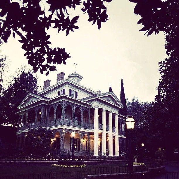 The Haunted Mansion, Disneyland, New Orleans Square, The Disneyland Resort, California