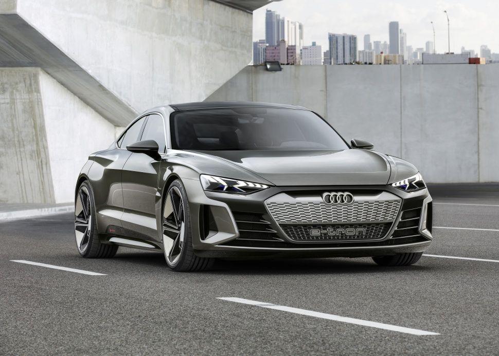 Audi E Tron Gt Concept 90 Kwh 590 Hp Awd Quattro Audi Audi Etron Concept Audiconcept Gt Newaudi Newaudigt Audi E Tron E Tron Audi