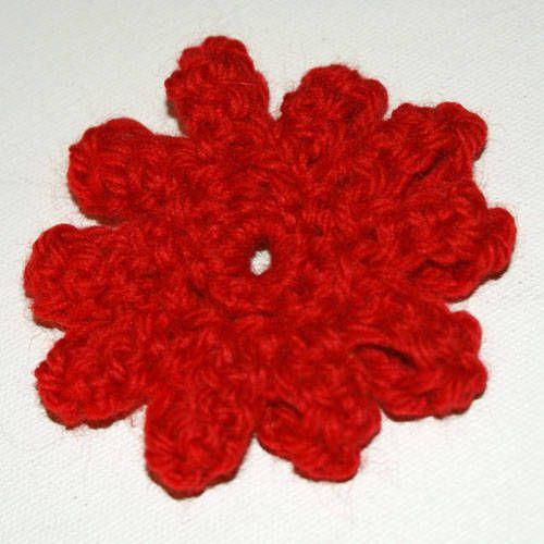 Crochet Beginners Try This Easy Five Petal Flower Pattern Flower