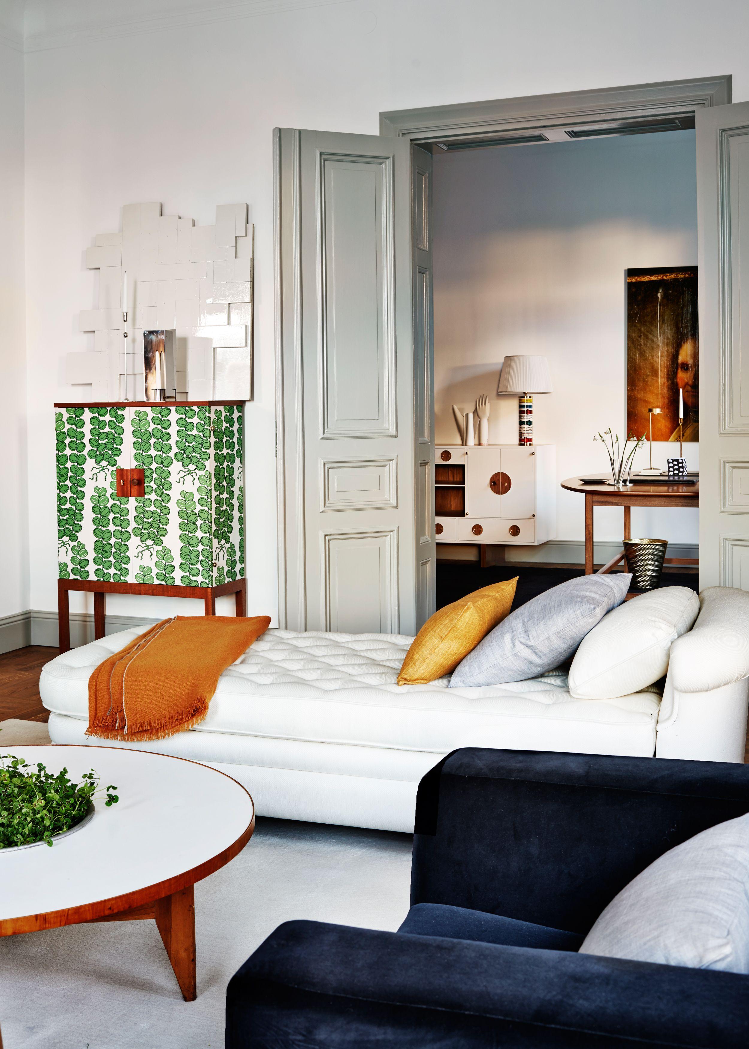 Svenskt Tenn design modern design homes. Want more inspiration? http://www.brabbu.com/en/inspiration.php