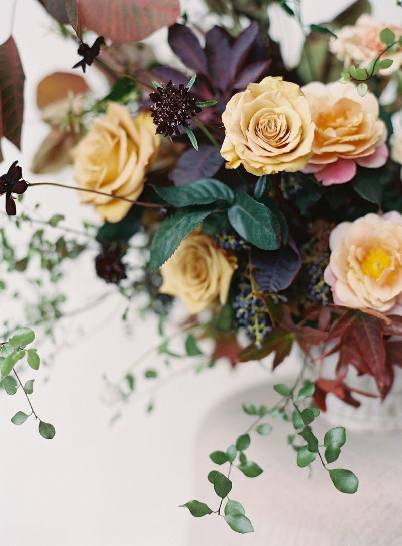 Plenty Of Petals Is A Wedding And Corporate Florist In San Diego Ca Also Serving Del Mar Encinitas La Jolla And Rancho Santa Fe Flowers Wedding Guest Table Wedding Flowers