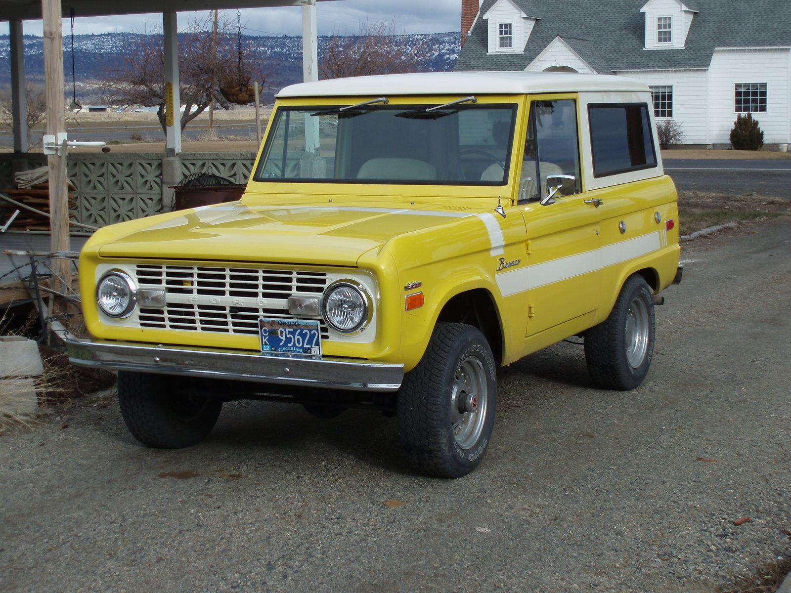 Yellow 1970 Two Tone Yellow With White Roof 1970 Ford Bronco