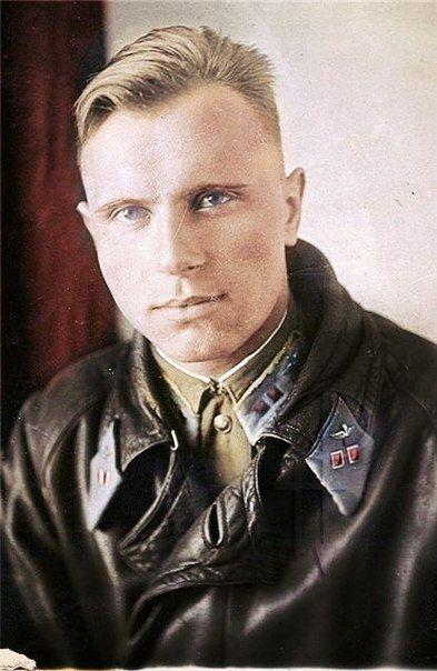 Ww2 Haircuts : haircuts, Faces, Russian, Women, Color, World, English, Russia, Hipster, Haircuts, Soldier, Haircut,, Military, Haircut