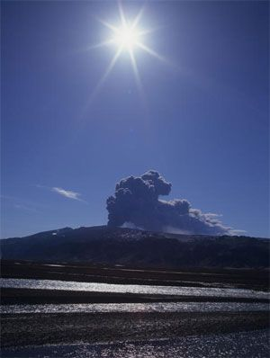 The Eyjafjallajökull eruption. Photo: Páll Stefánsson / Iceland Review.