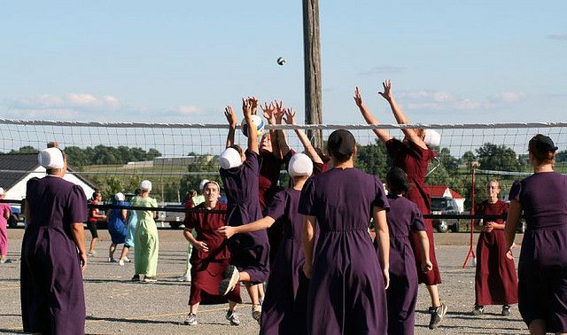 Amish Volleyball Tournament Volleyball Tournaments Holmes County Ohio Amish