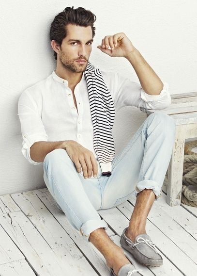 cd6ee6309cc1 Amazing look for summer, light colors and relaxed fit.   # MENSWEAR ...