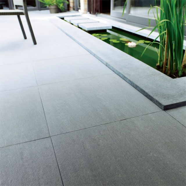 Carrelage terrasse gris 60 x 60 cm lounge castorama for Carrelage grand carreaux gris