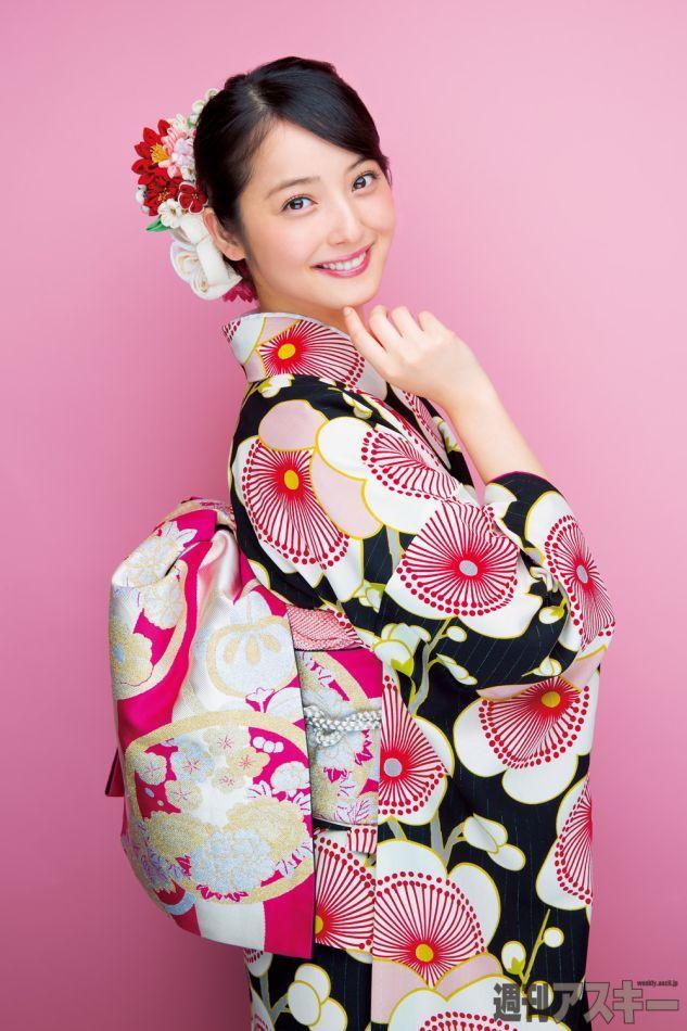 洋服が素敵な佐々木麻衣さん