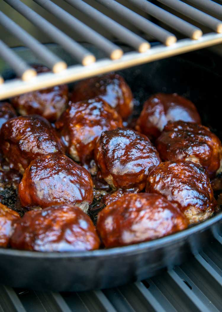 These Smoked Bbq Meatballs Start With Ground Beef And Onions Sauteed With Worcestershire And Cu Smoked Food Recipes Grilled Beef Recipes Smoked Sausage Recipes
