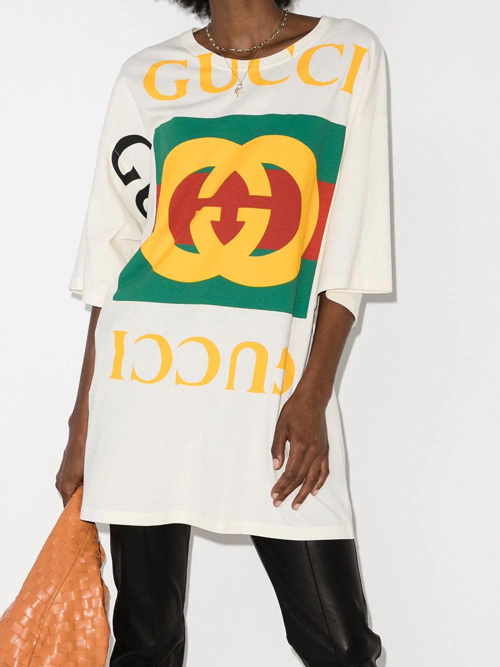 Gucci GG Oversized T-shirt - Farfetch   Oversized tshirt, Gucci t ...