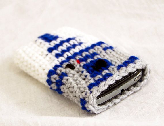 R2D2 Smart Phone Cover Inspired by Star Wars, Crochet Iphone Cozy ...