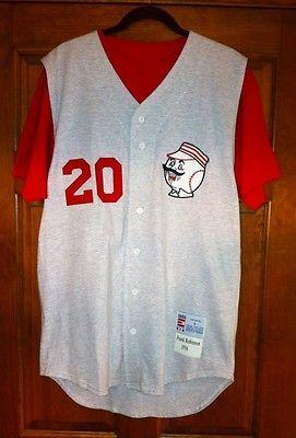 Vintage Throwback Cincinnati Reds 1956 Frank Robinson Replica Baseball  Jersey 86682e4b1