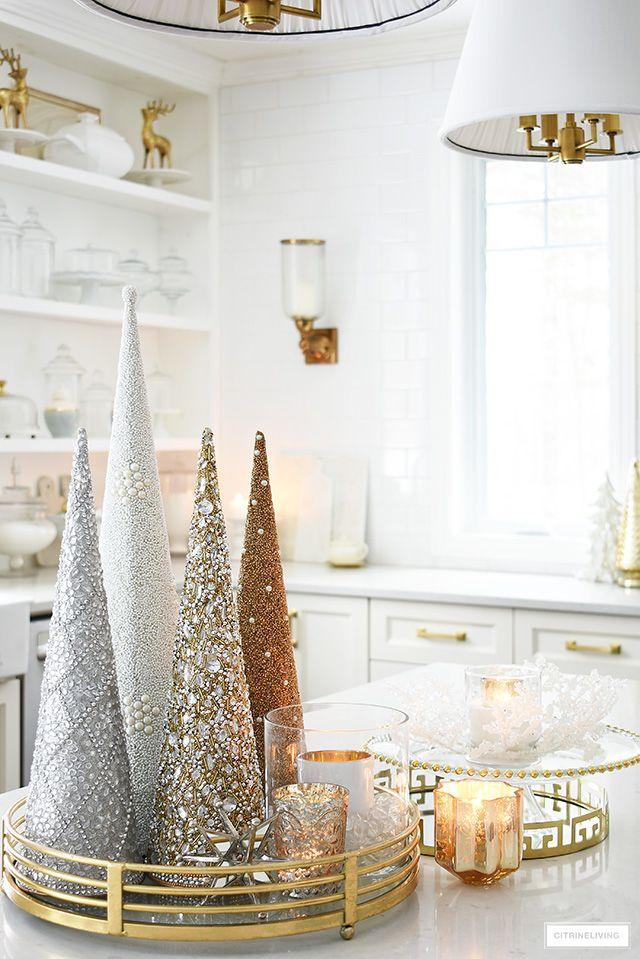 ELEGANT CHRISTMAS KITCHEN DECORATING - CitrineLiving -   20 christmas decorations ideas