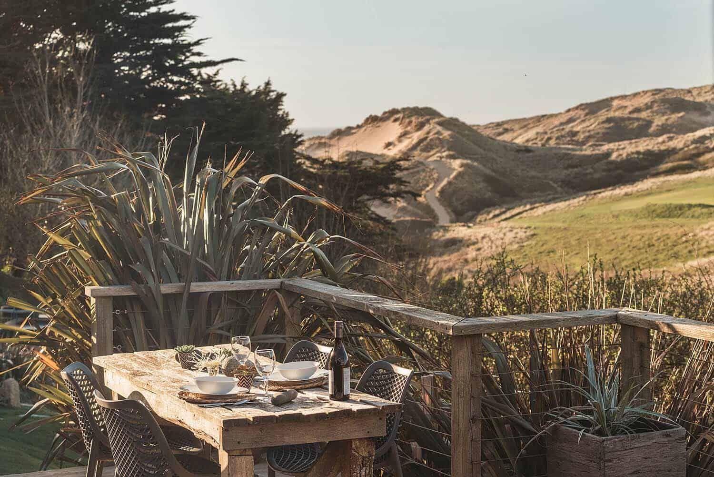 Charming beach hut retreat off the coast of Holywell Bay ... on Kingdom Outdoor Living id=67657