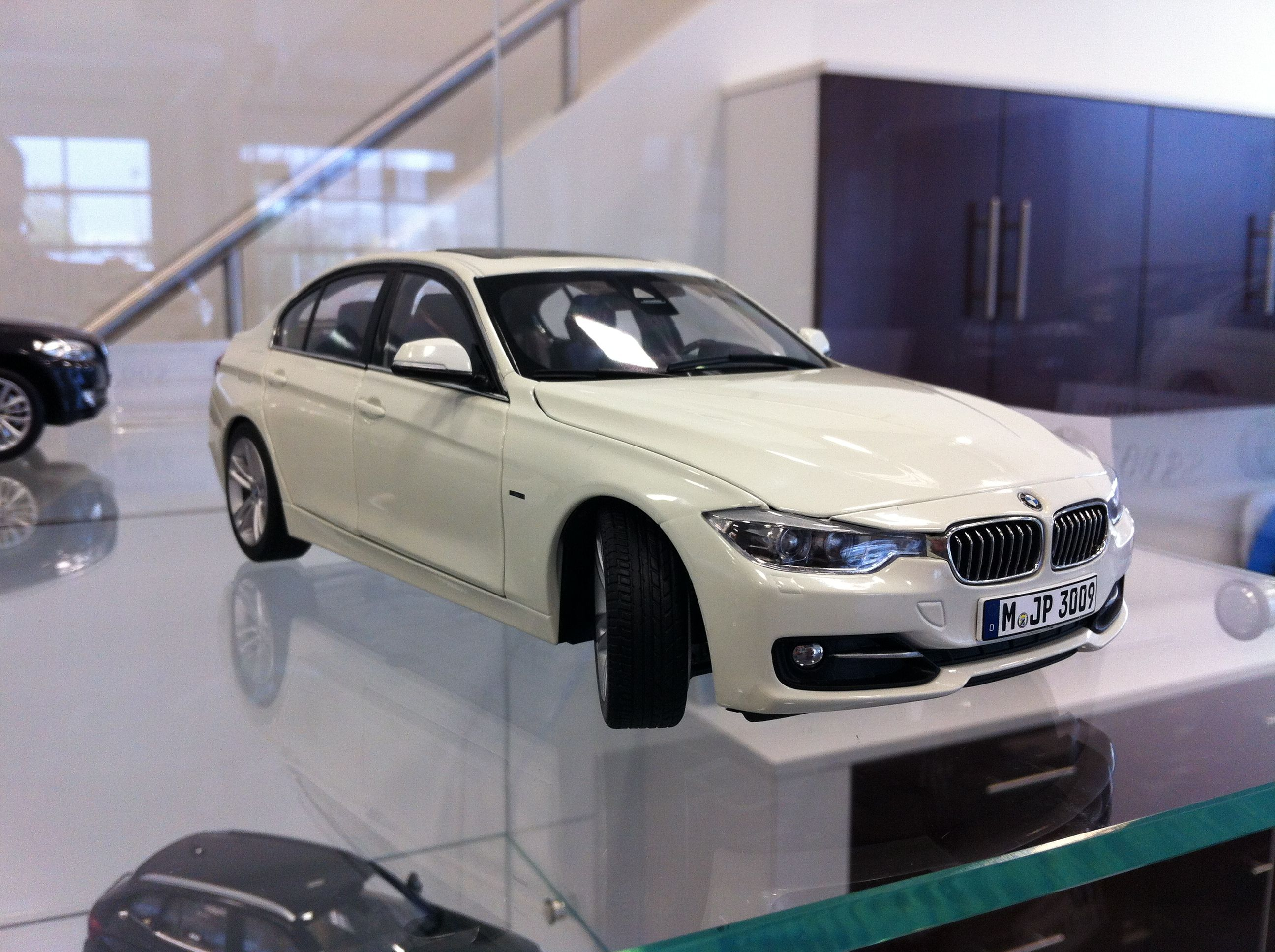 bmw f30 sport 1 18 white bmw accessories pinterest. Black Bedroom Furniture Sets. Home Design Ideas