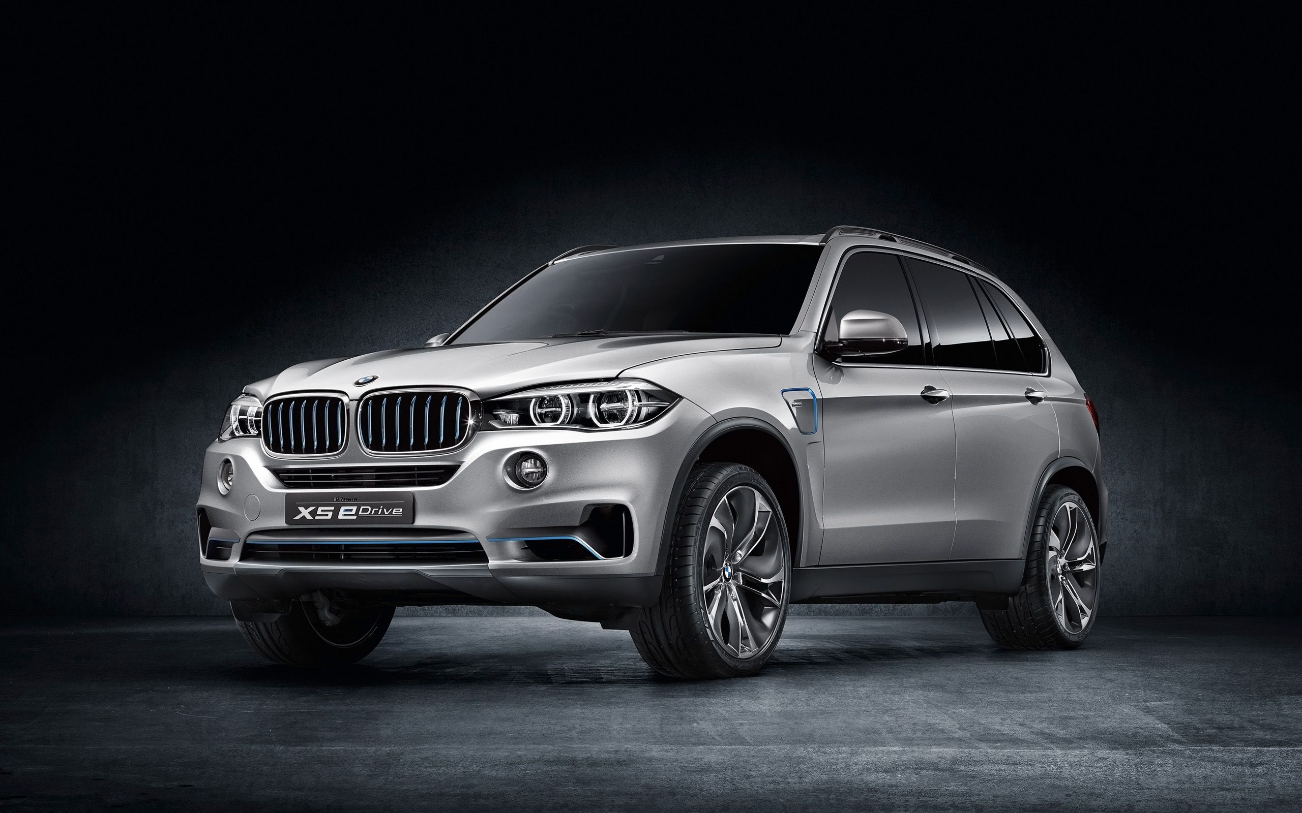 Bmw x5 security plus concept provides luxury through safety frankfurt auto show pinterest bmw x5 bmw and cars