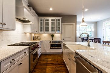 Craftsman Style Home Interiors - Craftsman - Kitchen - Richmond - Bradford Custom Home Builder #craftsmanstylehomes