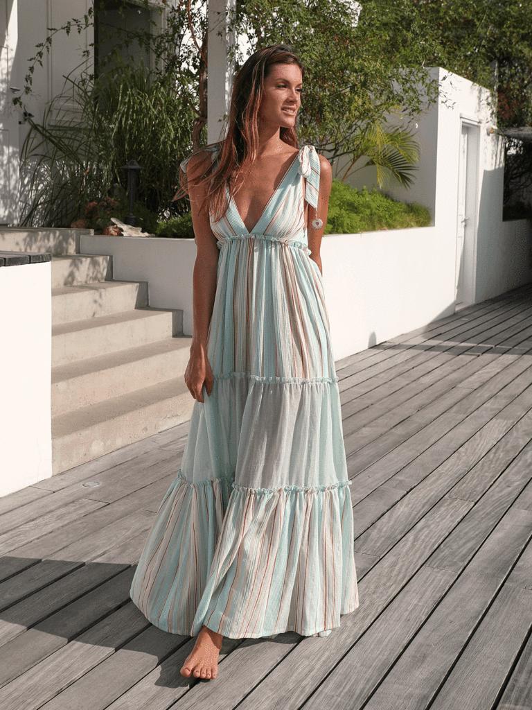 Sultan Striped Maxi Dress In 2020 Maxi Dress Striped Maxi Dresses Elegant Summer Dresses [ 1024 x 768 Pixel ]