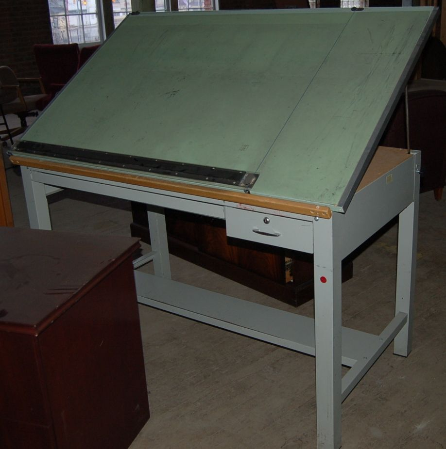 Drafting Tables Used Stacor 4 Post Drafting Table With New Borco Vinyl Now This One Looks About Like Mine I Learned On O Drawing Desk Drafting Table Desk