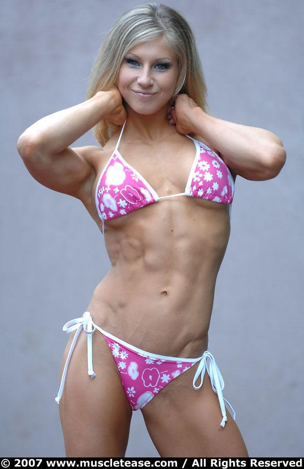 Women's Tri-Fitness competitor Gail Sanez