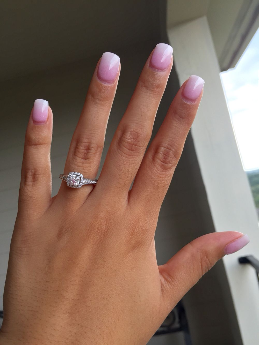 SNS nails pink and white ombre | Nails | Pinterest | Sns nails ...