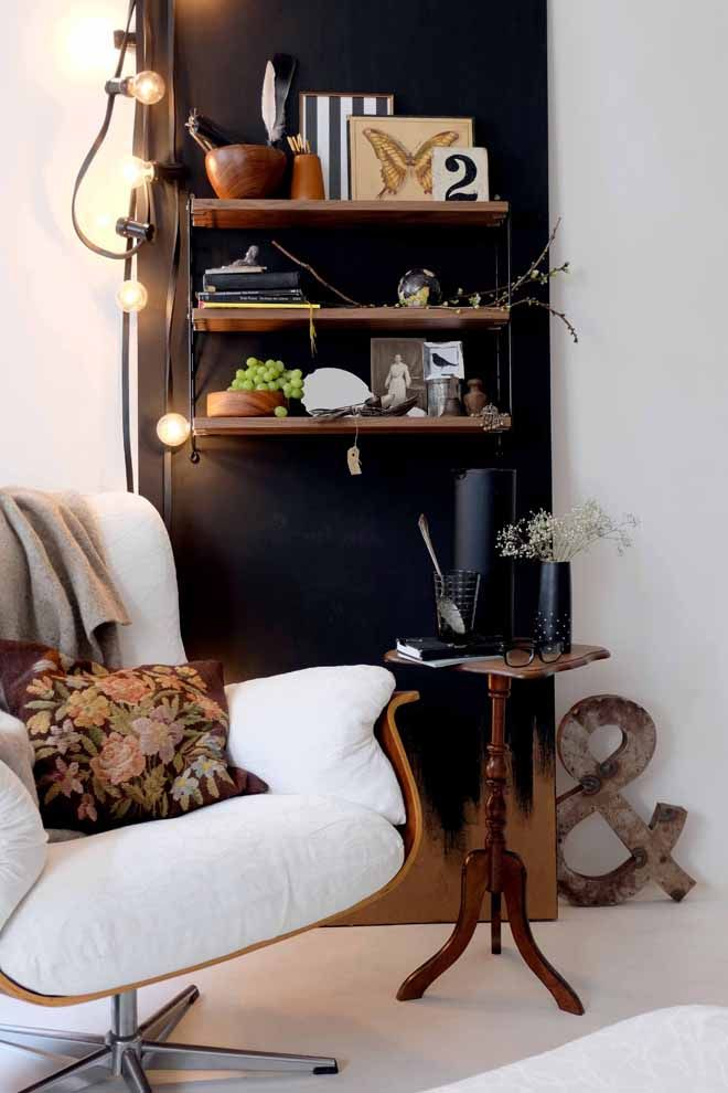 was hat eine wand mit wandern zu tun kreide lichterkette und mobiles. Black Bedroom Furniture Sets. Home Design Ideas
