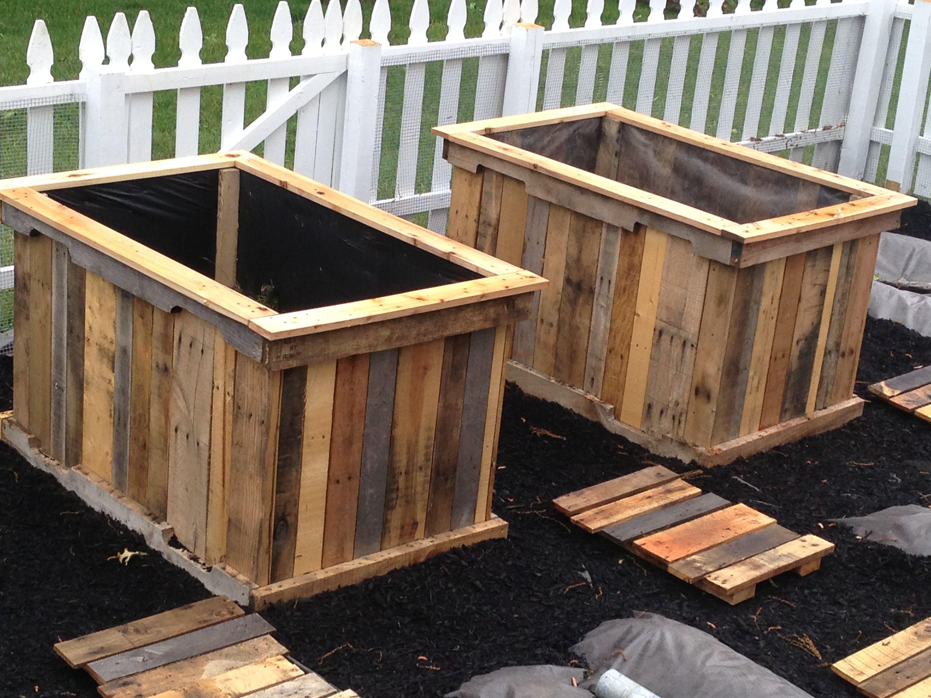 Planter Boxes Paul Pallets Gardens 2013