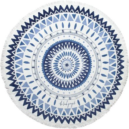 Inspired by gorgeous botanical gardens and high-end fashion, The Beach People Majorelle Round Towel is ready to make its mark in the world. From classy private pools to faraway beaches in Greece, this towel's cotton fabric and tasseled ends stay strong and emanate chic vibes.